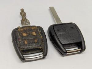 Кутийки за автоключове. Ремонт и подмяна_6